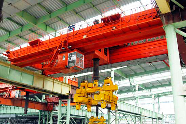 Billet-Crane-with-Clamps
