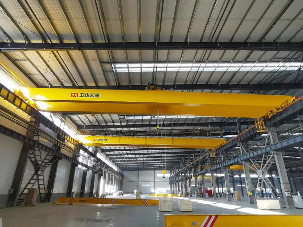 Double-girder-bridge-crane-at-weihua-workshop