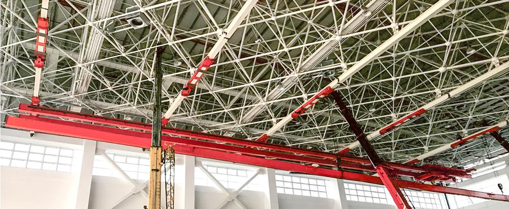 Large-span-suspension-crane-for-airplane-plant