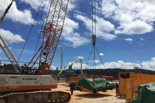 Malaysia-bridge-cranes
