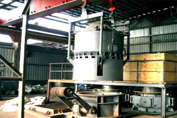 Mining-metallurgy-loading-crane