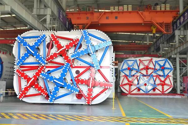 bridge-crane-for-tunneling-shield