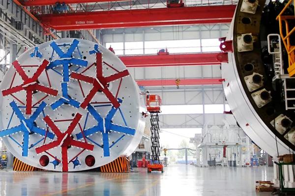 bridge-crane-shield-machine