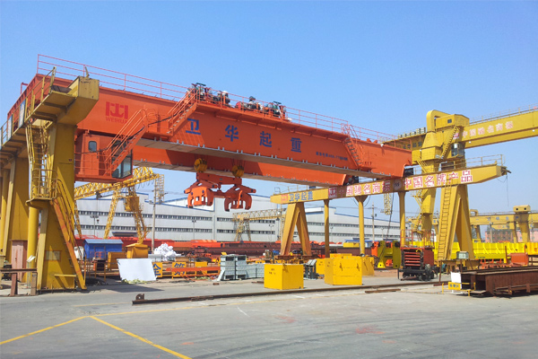 bridge-crane-with-clamp