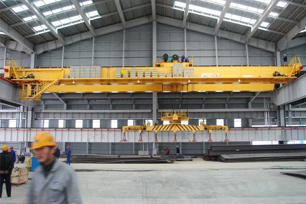 bridge-crane-with-electromagnetic-beam
