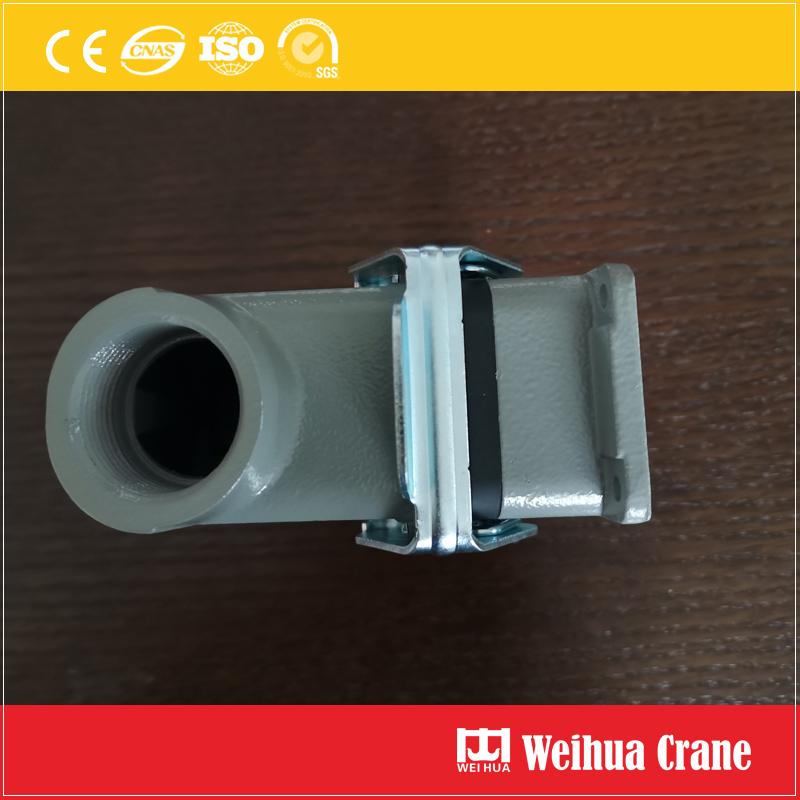 crane-panel-plug