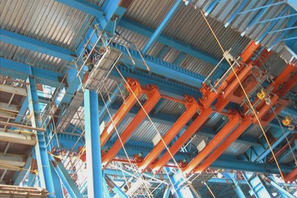 under-running-crane