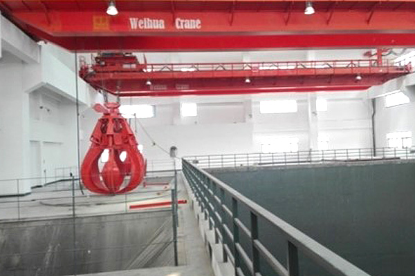 waste-treatment-crane